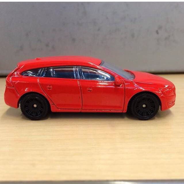 Announced by Matchbox for 2016: Volvo V60 - minivolvo.lu