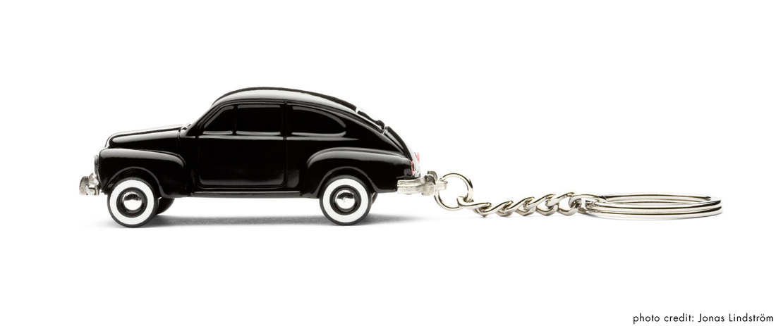 volvo pv544 key chain by playsam. Black Bedroom Furniture Sets. Home Design Ideas