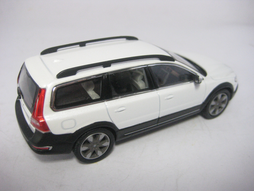 official models for volvo by norev minivolvolu
